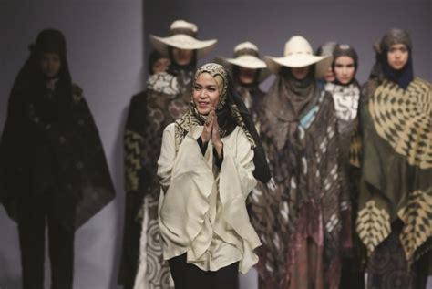 mischa designer indonesia 25 indonesian fashion designers who are internationally known