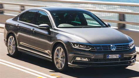 car volkswagen passat 2016 vw passat 140tdi highline review road test carsguide