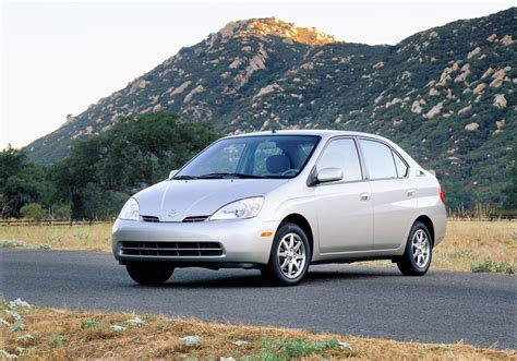 1997 Toyota Prius Toyota Sold 8 Million Hybrids Since 1997 Prius Is The