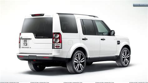 White Color Land Rover Discovery Back Side Pose Wallpaper