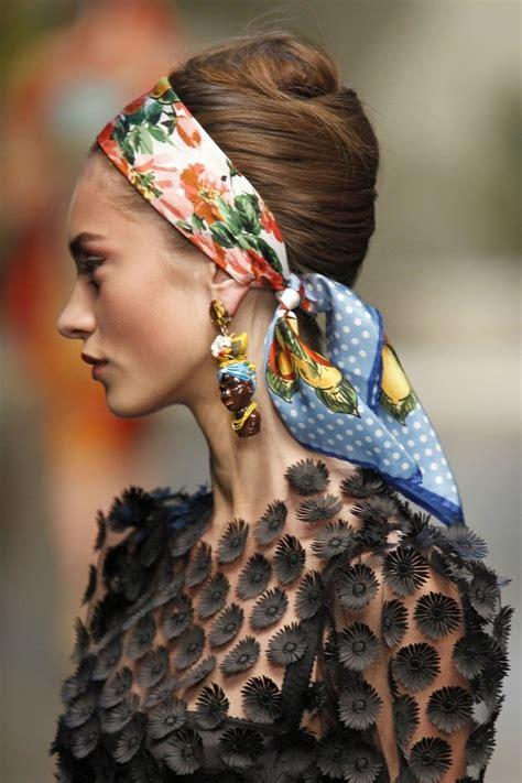 foulard in testa turbante bandane mille modi per mettere un foulard in
