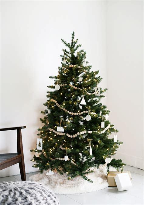 minimal decorations minimal tree 187 the merrythought