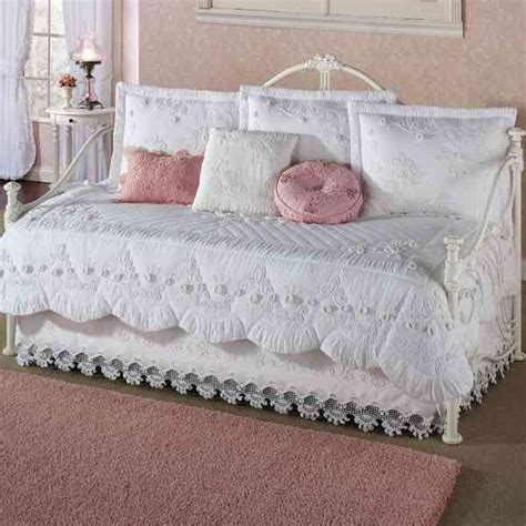 Daybed Bedding Sets 22 Contemporary Modern Daybed Bedding Sets Collections