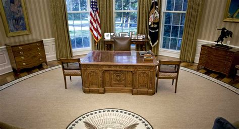 white house oval office desk presidents all around us k glassman politico