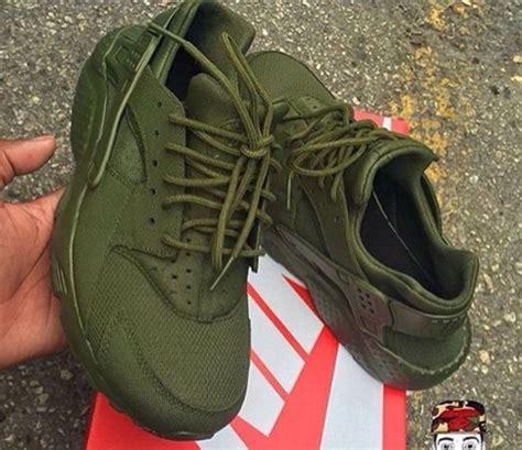 Shoes: olive green, huarache   Wheretoget