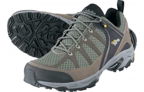 cabelas mens hiking boots the 4 best hiking boots for outdoorhub