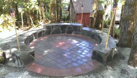 how to make a fire pit in your backyard 39 diy backyard fire pit ideas you can build