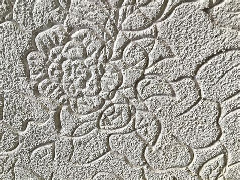 flower pattern on ceiling tamara s embossed ceiling from the 1960s have you seen