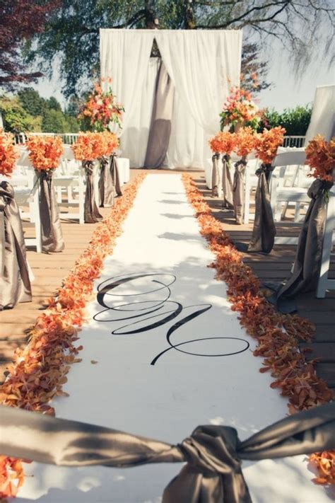 awesome outdoor wedding aisles youll love   puff