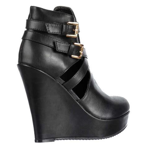 shoekandi cut out ankle chelsea boot wedge heel black