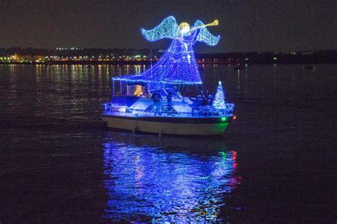 alexandria boat parade 2017 holiday boat parade of lights in alexandria va