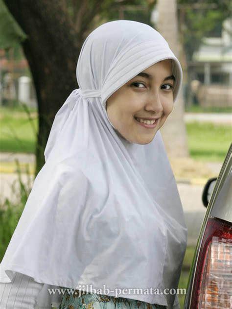 Wanita Jilbab Cantik foto cewek imud cantik dan berjilbab dian alm ii