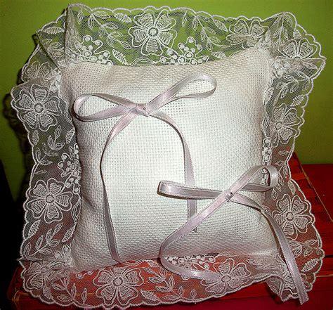 cuscino portafedi da ricamare cuscino fedi cuscinetto portafedi volant organza bianco da