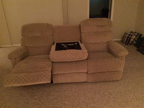 lazy boy 2 seater recliner 3 seater lazy boy couch with 2 recliners sooke victoria