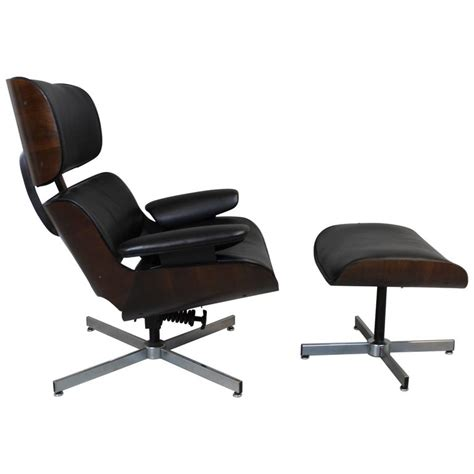 plycraft chair and ottoman george mulhauser for plycraft black leather lounge chair