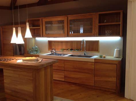 cucine moderne in legno cucina moderna in legno oliato naturale contado roberto