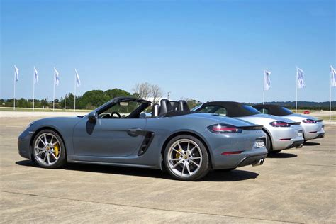 blue porsche boxster 2017 porsche 718 boxster blue 200 interior and exterior
