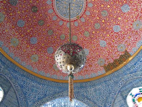 plafond droit de succession plafond dans le palais de topkapi de harem image libre de