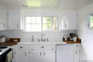 Country Kitchens With White Cabinets Gallery For Gt Small White Country Kitchens