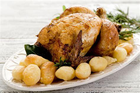 cucinare pollo intero al forno pollo al forno la ricetta della nonna w il pollo