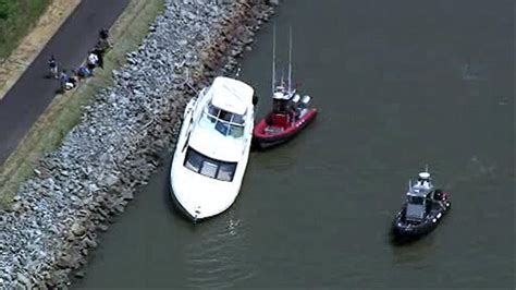 boating accident today boating accident on c and d canal in delaware 6abc