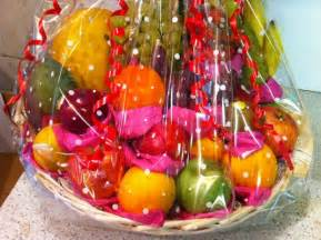 Fruit gift baskets for a healthy christmas christmas fruit baskets