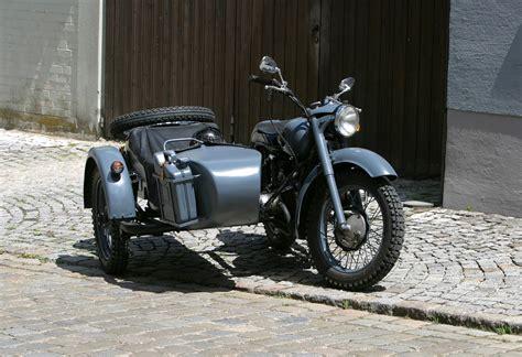 visit barcelona driving  sidecar