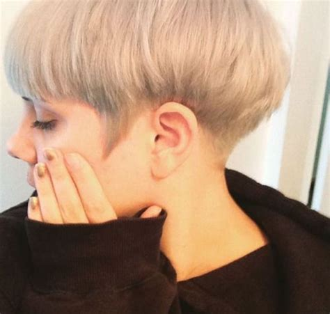 36 best bowl cut images on pinterest short wedge best 25 bowl cut ideas on pinterest bowl cut hair