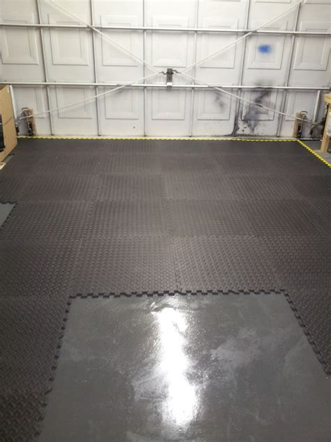 Garage Floor Paint Self Leveling Self Leveling Compound And Painting Garage Floor Advice