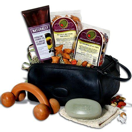 cheap gift baskets cheap and unique travel gift basket ideas some free