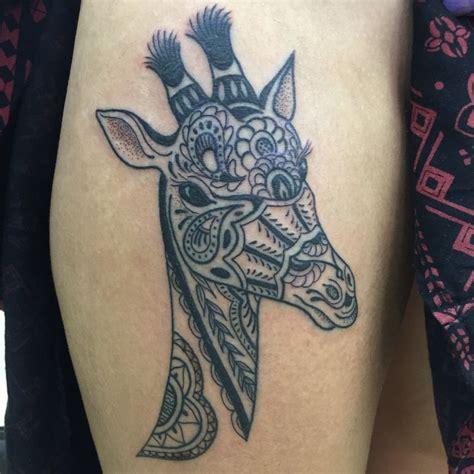tribal giraffe tattoo draketattoo mehndi giraffe giraffe mehndi mehndi