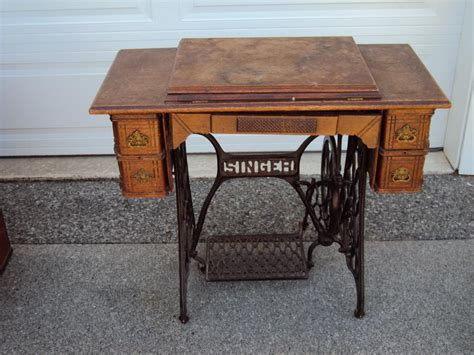 1904 singer treadle sewing machine parksville nanaimo