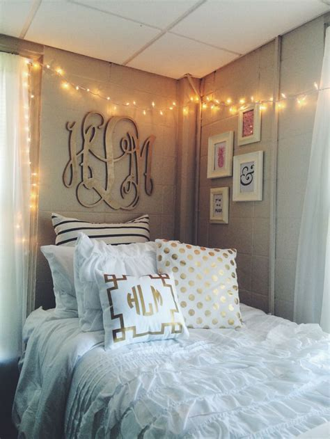 monogram decorations for bedroom best 20 university dorms ideas on pinterest college