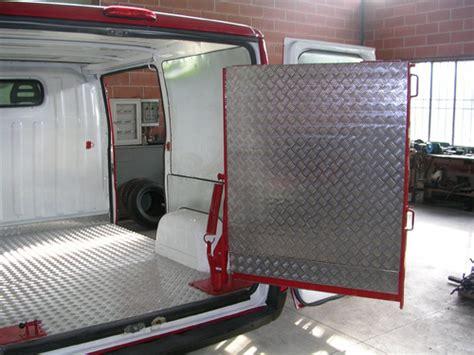 pedane di carico per furgoni meccanifer lavorazione ferro battuto lavori speciali