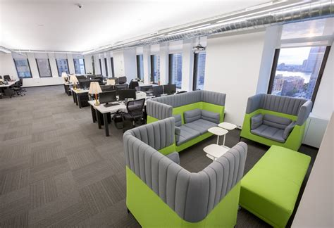 space seating 187 4 common office leasing mistakes and how to avoid them