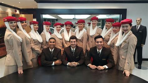 fly emirates cabin crew top tips for the emirates cabin crew assessment day and