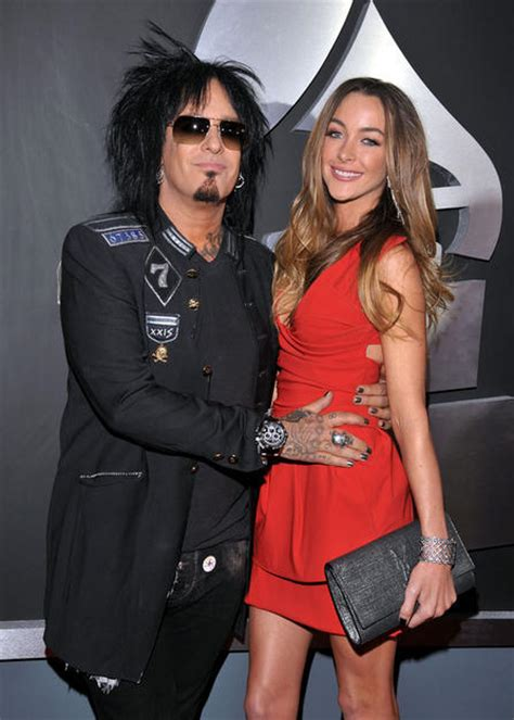 nikki sixx and courtney bingham nikki sixx and courtney bingham tie the knot extratv com