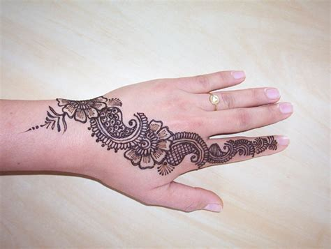 tatouage hanna on pinterest henna henna designs and