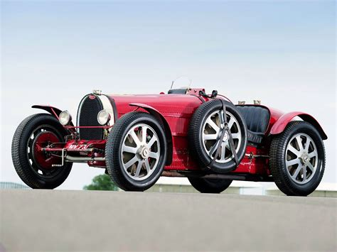vintage bugatti reflecting on some classic bugatti racers and the veyrons