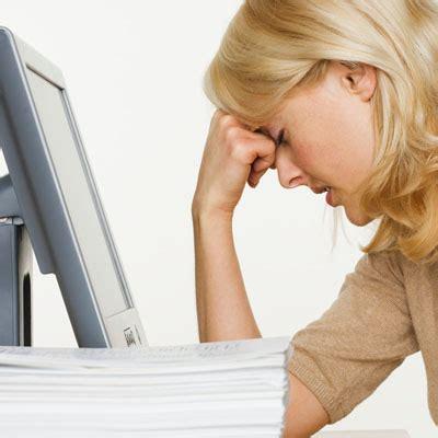 Eye strain headache, symptoms, treatment & computer eye strain