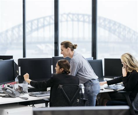 Working Online From Home Australia - who has the best working culture australia or the rest