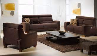 wohnzimmer braunes sofa brown sofa and rug in contemporary living room home