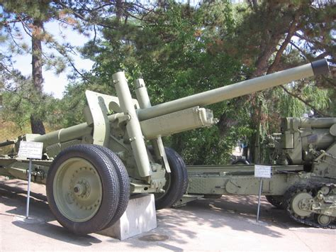 L Armée Ottomane by File 122 Mm Gun A 19 Displayed At The Museum Of Heroic