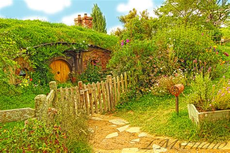 buy hobbit house hobbit house lord of the rings by laternamagica studio on deviantart