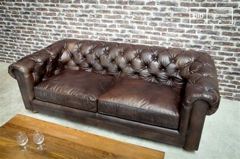 Are Chesterfield Sofas Comfortable Chesterfield Sofa Comfortable And Chic Sofa Pib