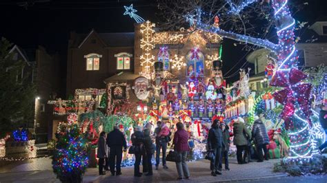 the best holiday lights to see in new york city am new york