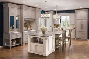 Kraftmaid Kitchen Island Kitchen By Kraftmaid Traditional Kitchen