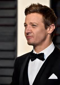 Graydon Carter Vanity Fair Jeremy Renner Brought His Daughter To The 2017 Oscars