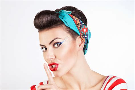 hair styles pinned up 15 pin up hairstyles easy to make yve style com