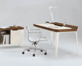 Modern Desk Office Stylish Work Desk For Modern Home Office From Kaijustudios Digsdigs